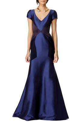 Theia - Gravity Gown