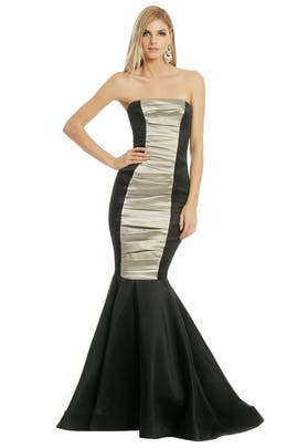 Vera Wang - Measure Time Gown