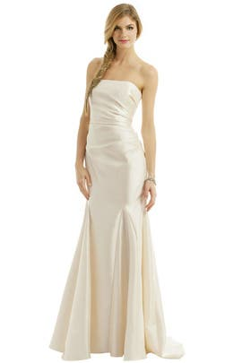 Badgley Mischka - Ivory Dream Gown
