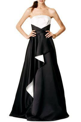 Contrast Stream Gown by nha khanh